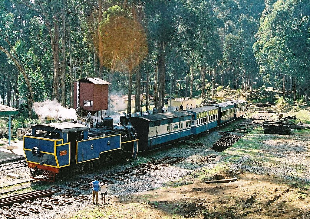 Nilgiri Mountain Railway train waits to depart from Ketti Station. The locomotive is No.37384. 26th February 2005 Photographer - A.M.Hurrell Camera - Minolta X700 (35mm film)